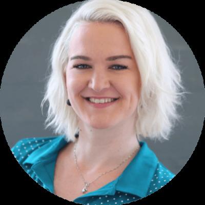 Heike Friedrich ist Content-Marketing-Beraterin und Schreibcoach für Selbstständige.